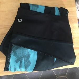 Lululemon Capri leggings spandex